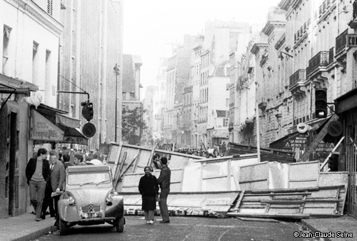 Mai 68 - Paris - barricade