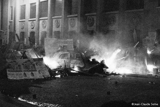 Mai 68 - Paris - barricade - ecole de medecine