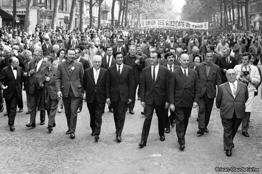 Mai 68 - Paris - Laurent Plissonnier - piquet de greve - Marchais Rochet Duclos