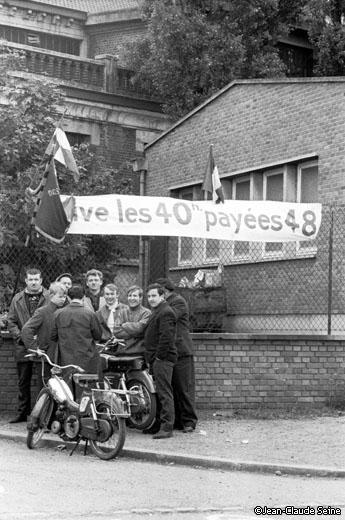 Mai 68 - Lens - Piquet de greve a la mine