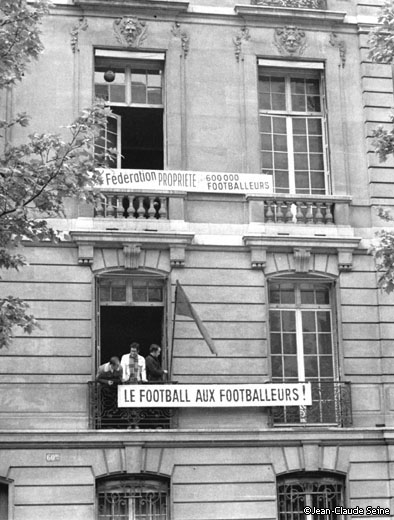 Mai 68 - Paris occupation siege Federation Francaise de Football